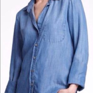 Anthropologie Cloth & Stone Chambray Button Down